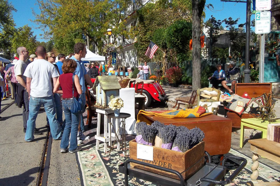 chestnut hill fall for the arts festival booth 900vp