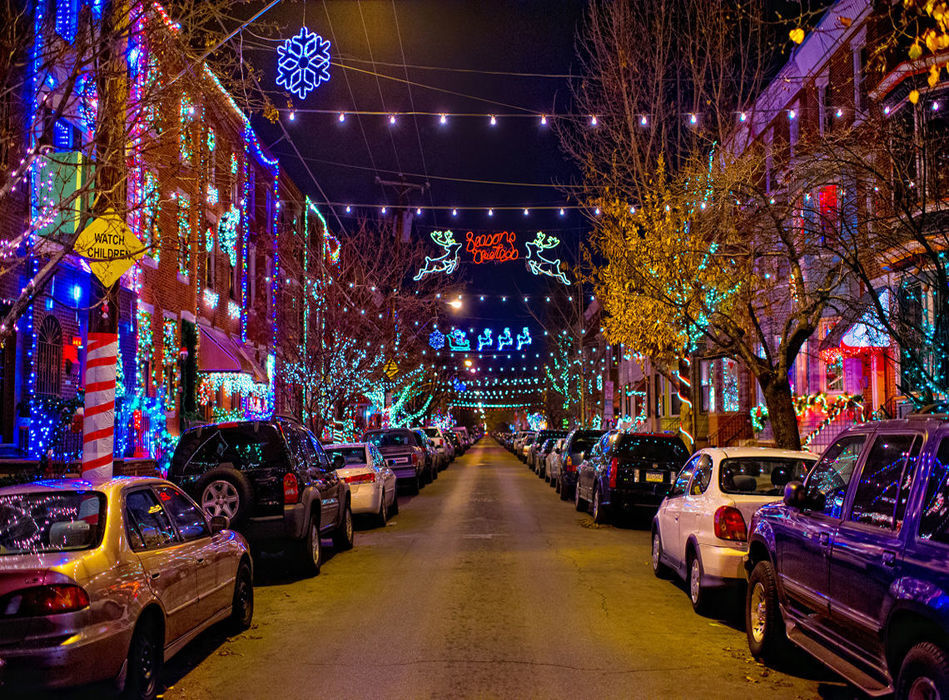 949 700 178017855806786291 holiday lights in south philadelphia 1 800h full
