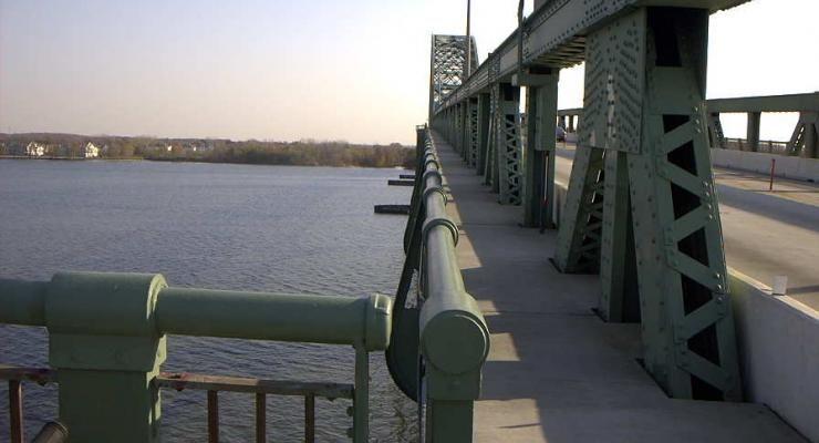 tacony palmyra bridge walkway