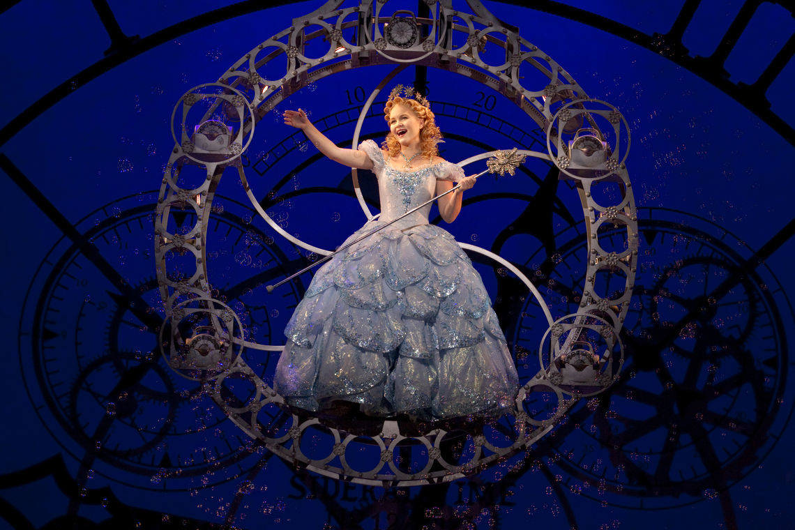 amanda jane cooper as glinda photo by joan marcus