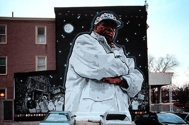 phil mural 17