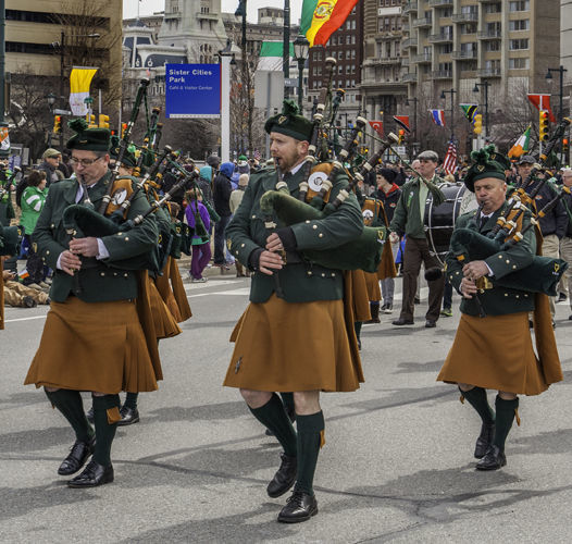 st patrick s day parade 1 cropped